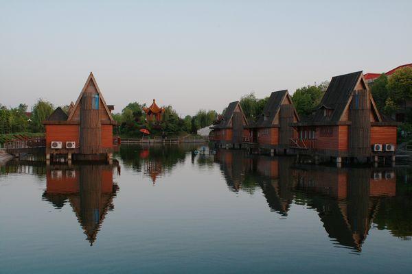 射雉亭,靖海门,颐园, 龙游湖,江苏盆景博物馆,苏通生态观光园,如皋